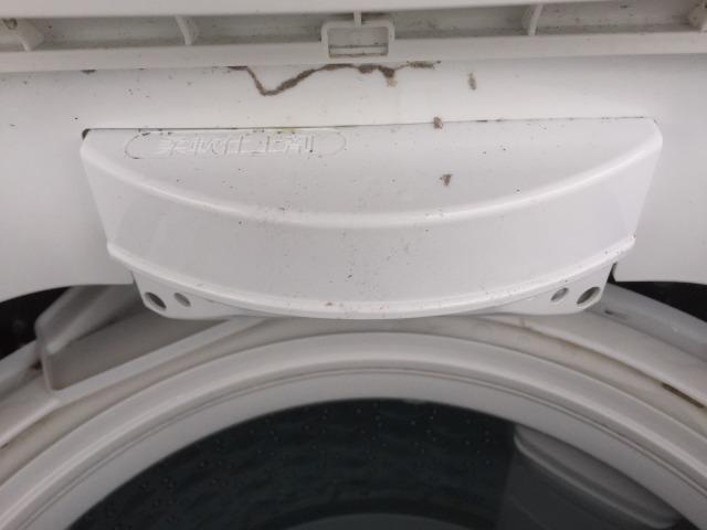台風後の洗濯機2