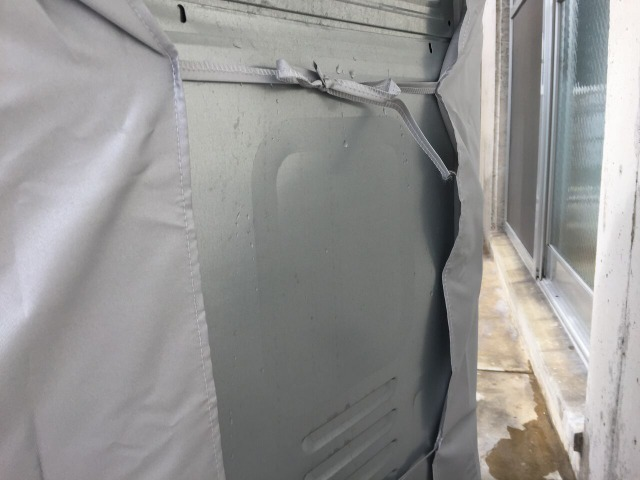 洗濯機の背面